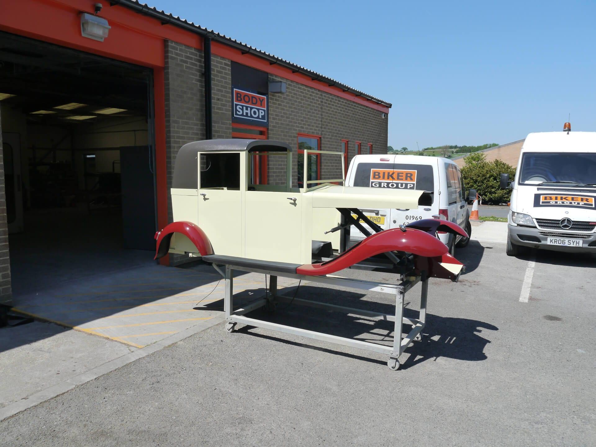 Biker car shop restore bugsy malone classic car